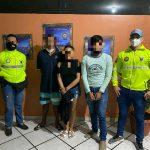 MANABÍ     Tres detenidos por asalto y clonación de vehículos