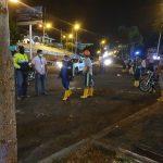 MANTA▮ Policía Nacional y agentes de Control de la Alcaldía desalojan a vendedores de pescado de las afueras del puerto