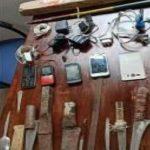 JIPIJAPA ▮ Privados de la libertad entregan cuchillos y celulares