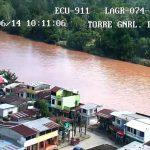 SUCUMBÍOS ▮ Familias afectadas por desbordamiento de río San Miguel fueron evacuadas y recibirán ayuda humanitaria