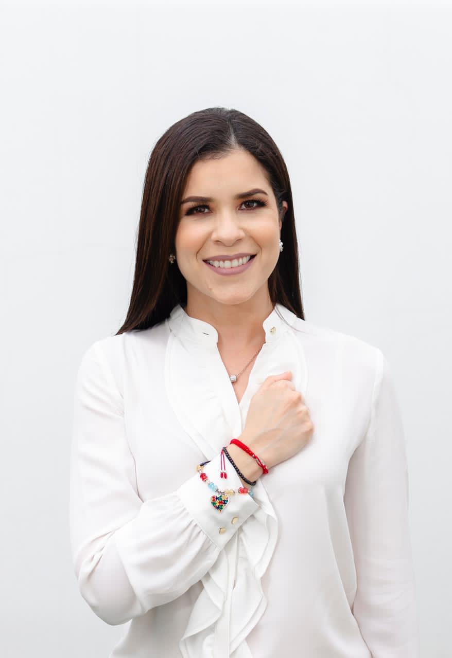 Sara Fernández: 'Es urgente adaptar en la educación de nuestros hijos el uso correcto de las redes sociales'