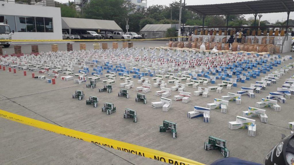 En Portoviejo incautan mercadería de contrabando en una vivienda