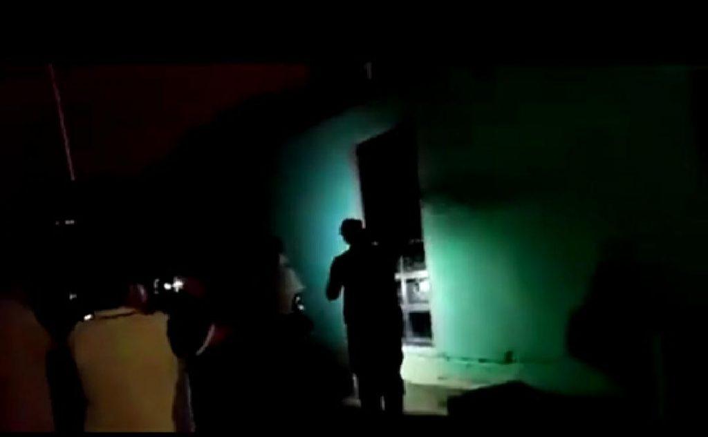 Desalojan a 60 fiesteros que celebraban en un lugar encerrado