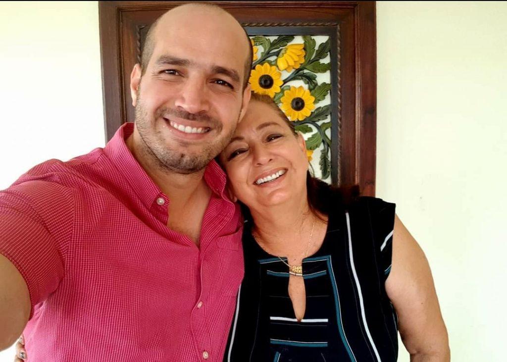 Piden por la salud de la mamá del Alcalde de Manta diagnosticada con Covid-19