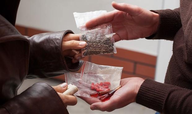 En Portoviejo detienen a una mujer por tener sustancias psicotrópicas en su poder